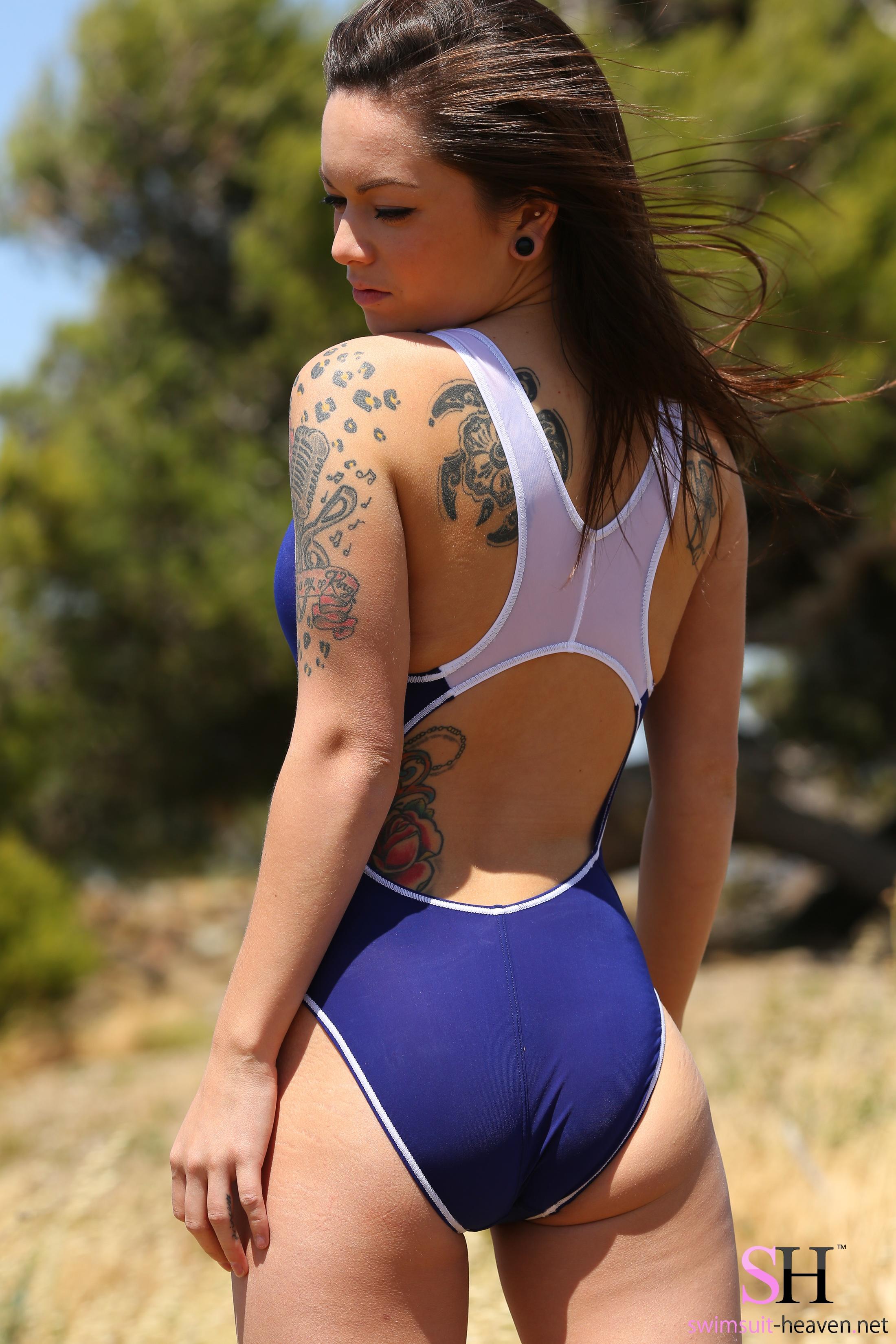 Sexy Tattoo On Girl 2