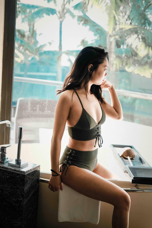 Croydon escorts - charming and sexy girl